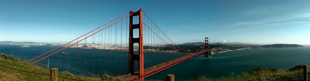 Sightseeing in San Francisco - Golden Gate Bridge panorama