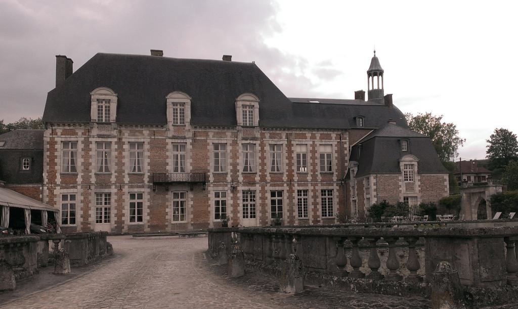 Champagne---Chateau-d'Etoges