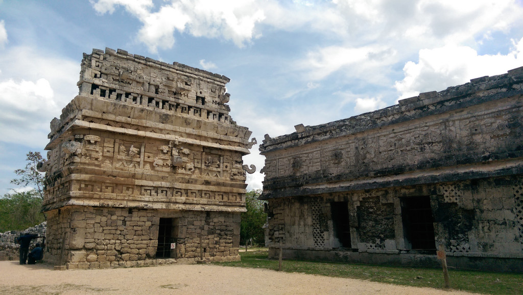 Chichen-Itza-La-Iglesia-Group