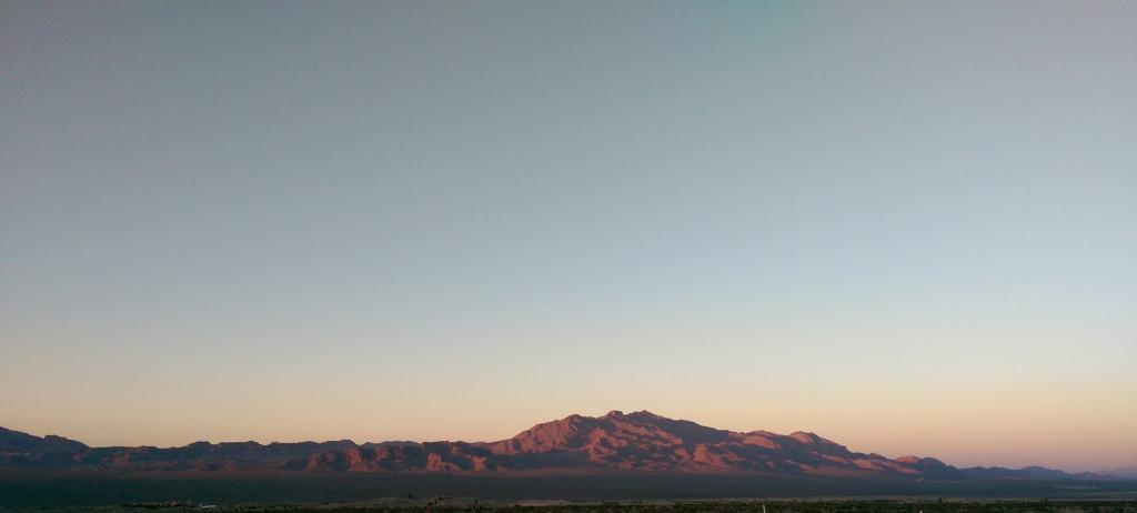 Road trip to Las Vegas - Dusk-light-in-Death-Valley