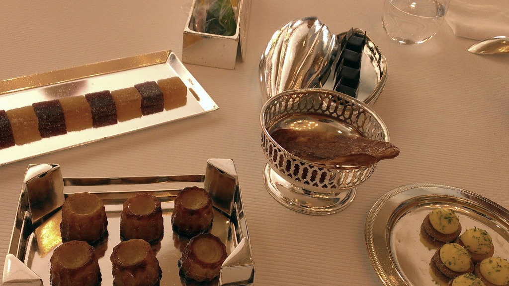 L'Assiette-Champenoise---the-ultimate-petit-fours
