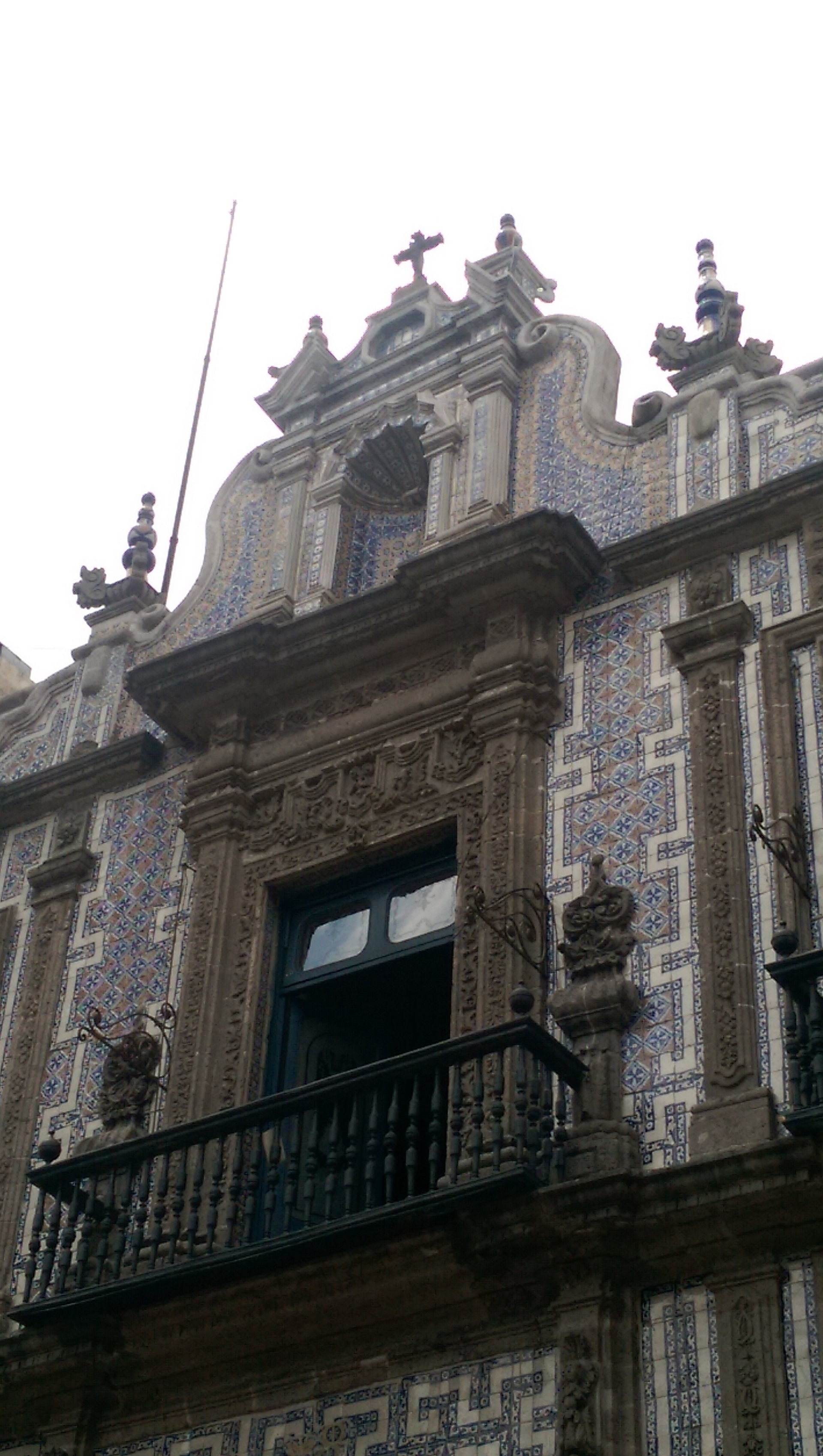 Mexico-City---House-of-the-Tiles