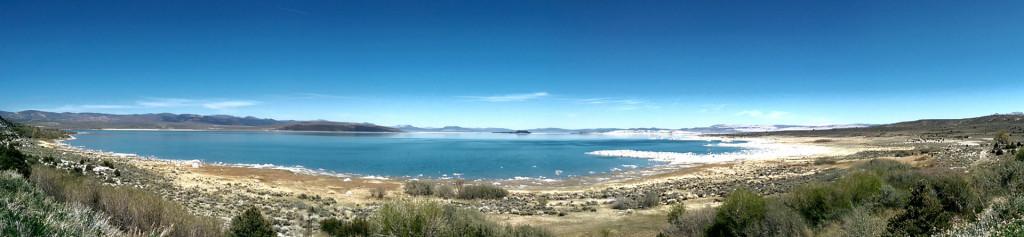 Road trip to Las Vegas - Mono-Lake-panorama