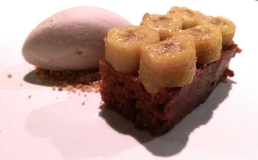 Pujol---banana-cake
