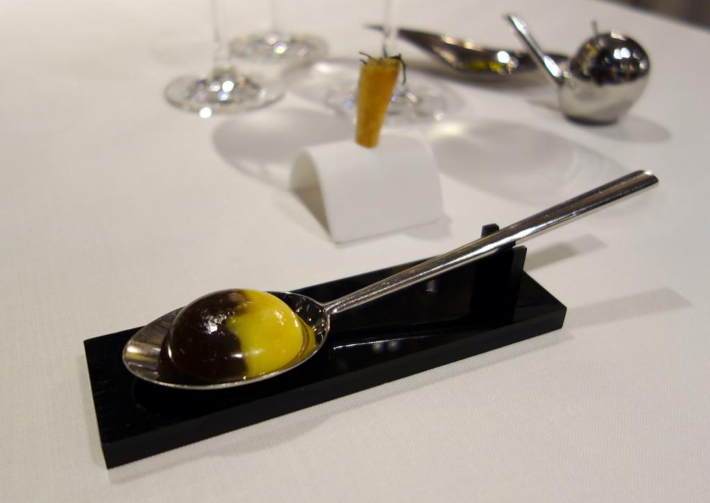 Azurmendi-egg
