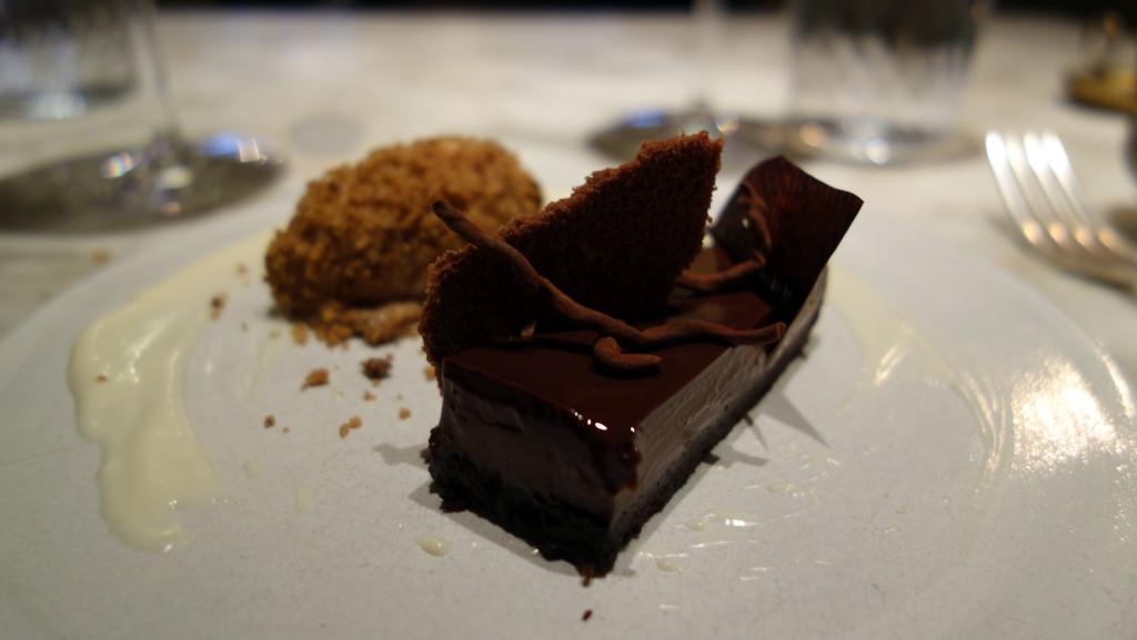 Chiltern-Firehouse-chocolate-torte