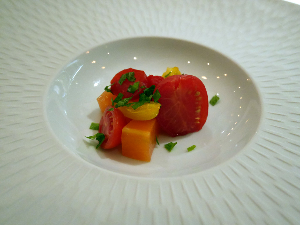 Kitchen-Table-tomato-salad