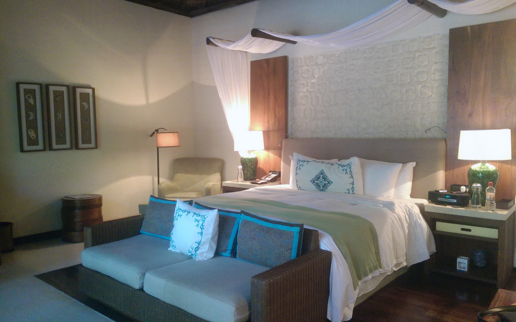 The-Viceroy-Riviera-Maya-bedroom