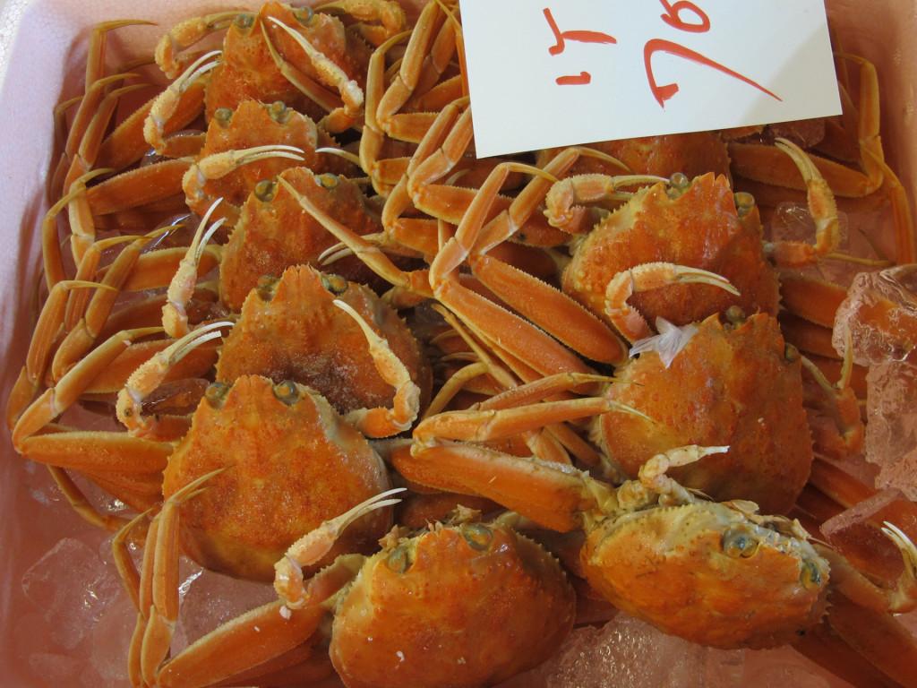 Cultural sight-tsukiji-crab