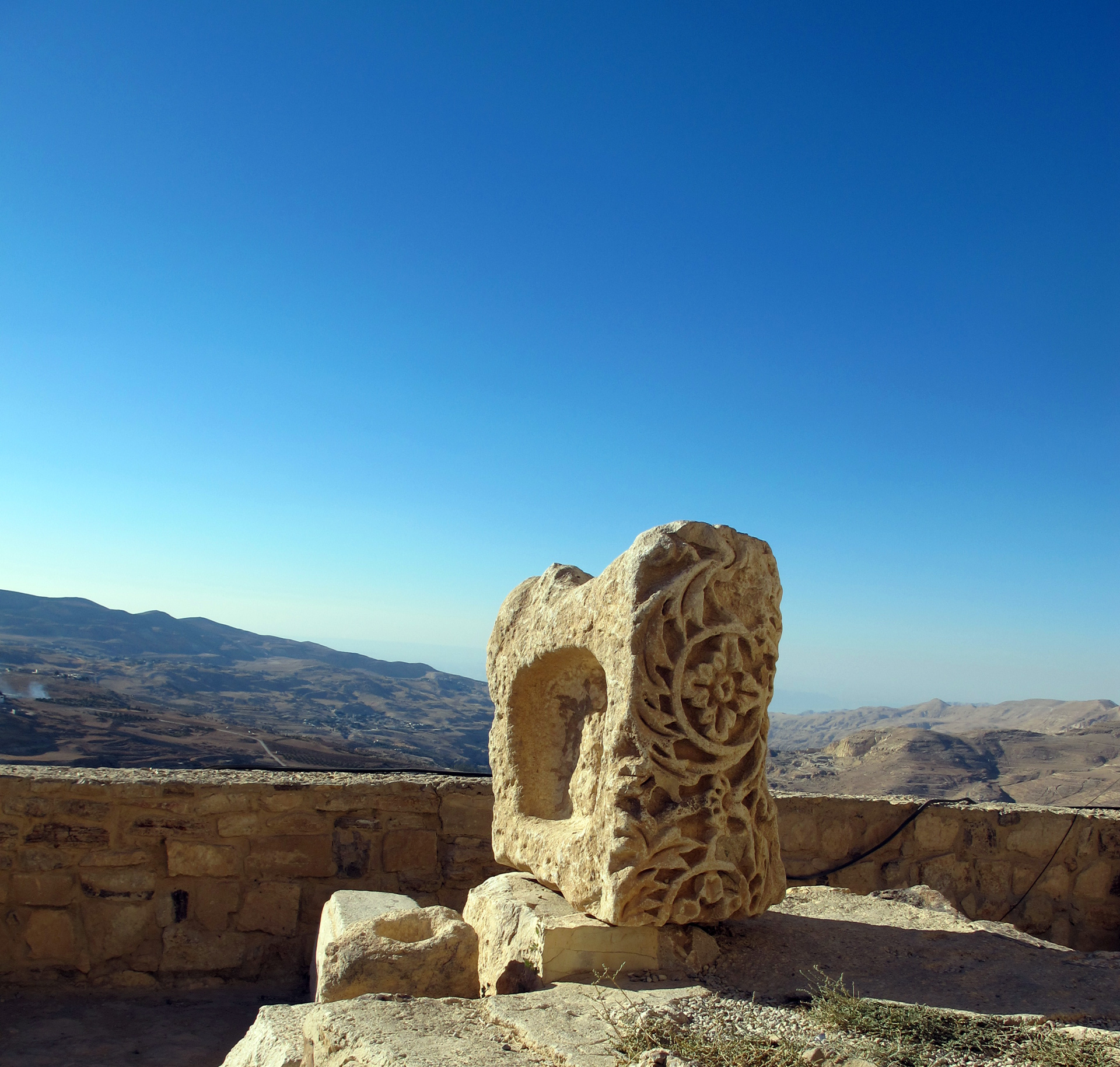 King's-Highway-Kerak-Castle(2)