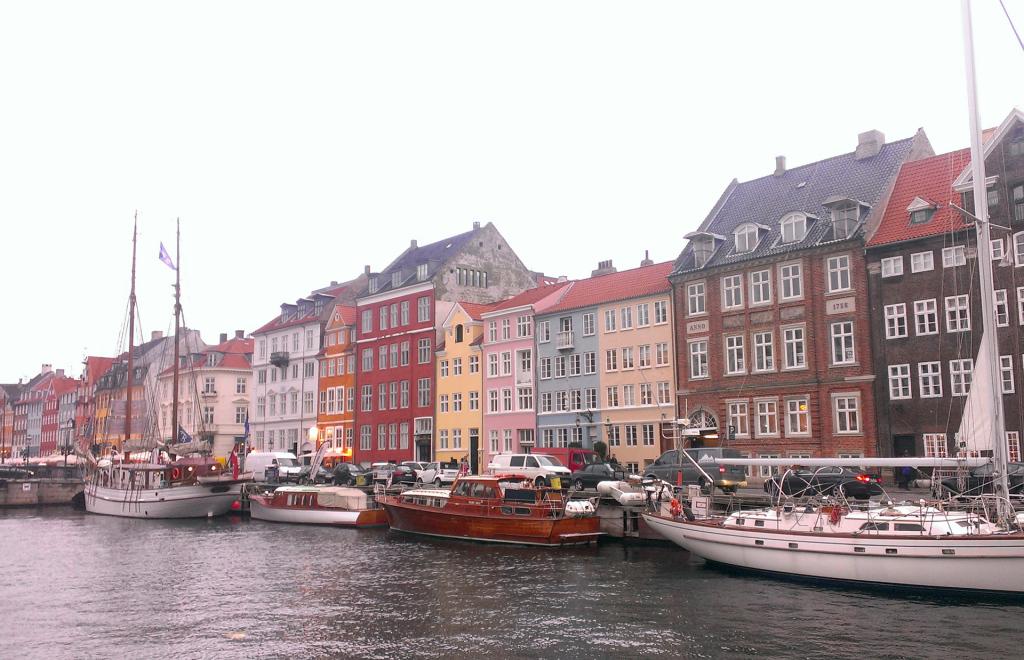 Copenhagen-Nyhavn(3)