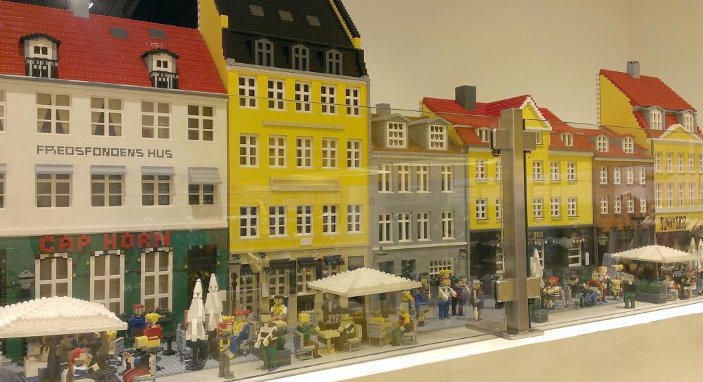 Copenhagen-lego-Nyhavn