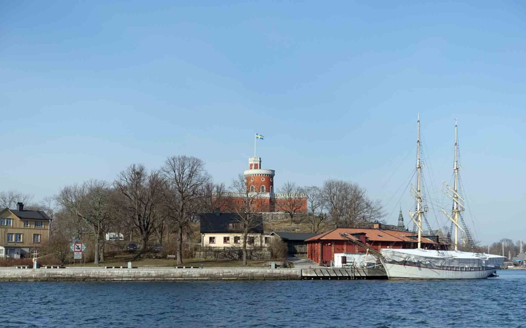 Stockholm-view-from-boat(1)