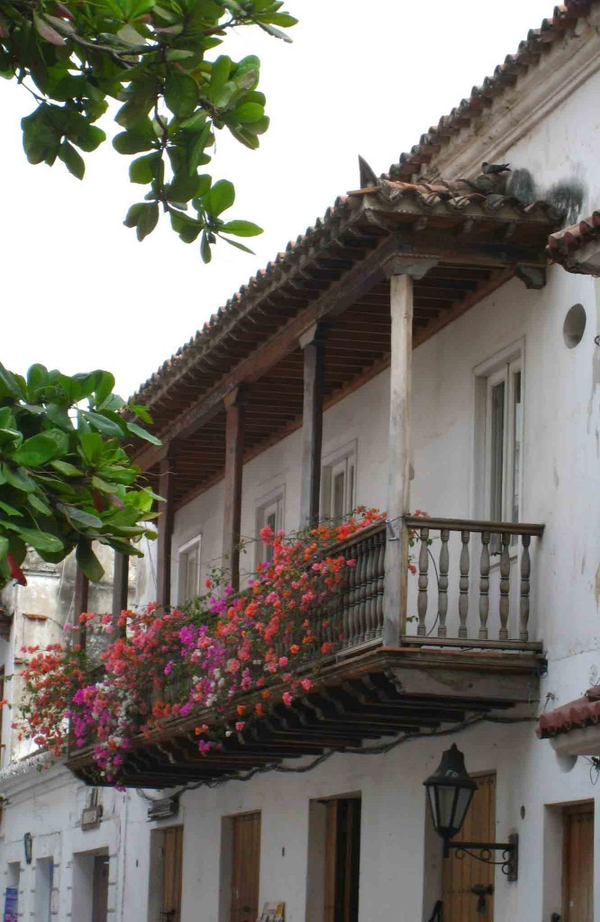 Colombia-Cartegena-balcony